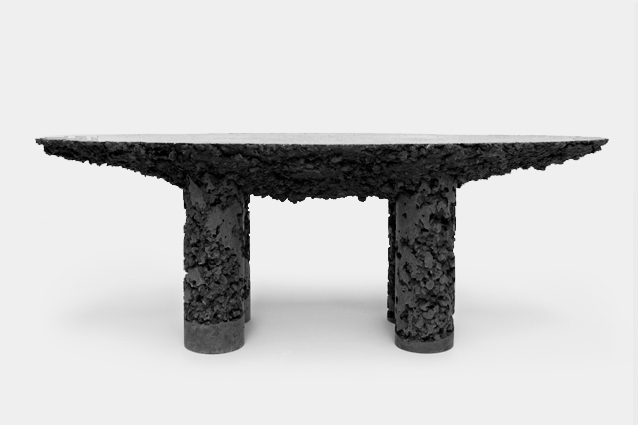 mass-black-table